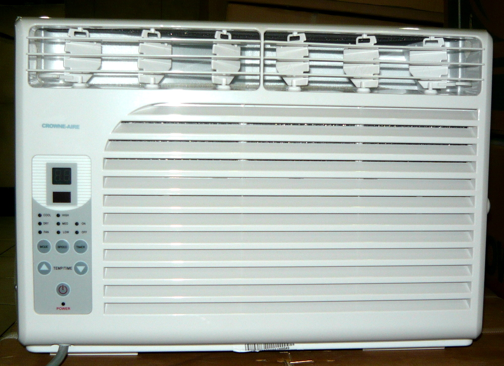 Crowne Aire 0 5hp Window Airconditioner With Remote