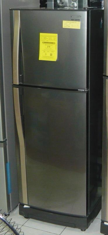 Panasonic 2 Door No Frost 7 7 Cuft In New Stainless Color