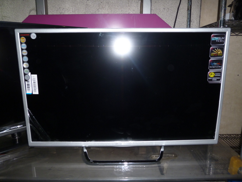 Pensonic 32 Inch Airplay Ultra Slim LED TV