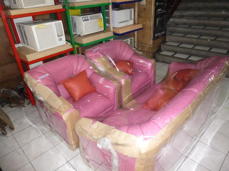 Dewfoam Broadway Sala Set W 5 Throw Pillows Cebu