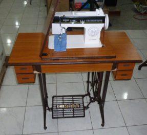 Singer Disco Matic Sewing Machine