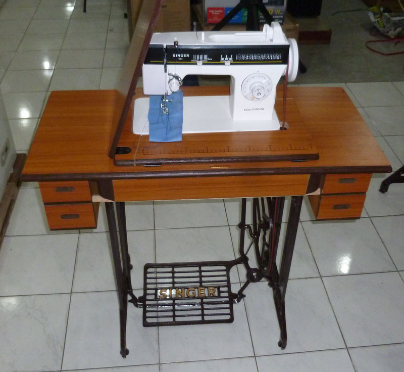 Singer Disco Matic Sewing Machine