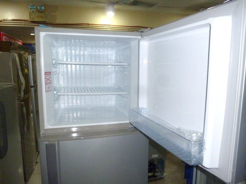 panasonic refrigerator. panasonic 9.5 cuft 2 door direct cool refrigerator