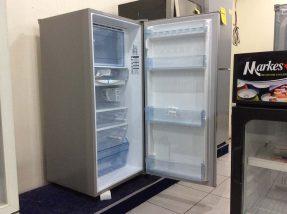 Panasonic Silveo 7.4 cuft Refrigerator NR-A7413ES